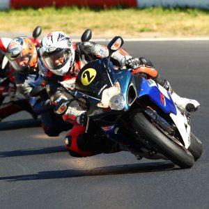 Motorrad ll Doc Scholl ll Perfektions- und Sportfahrertraining